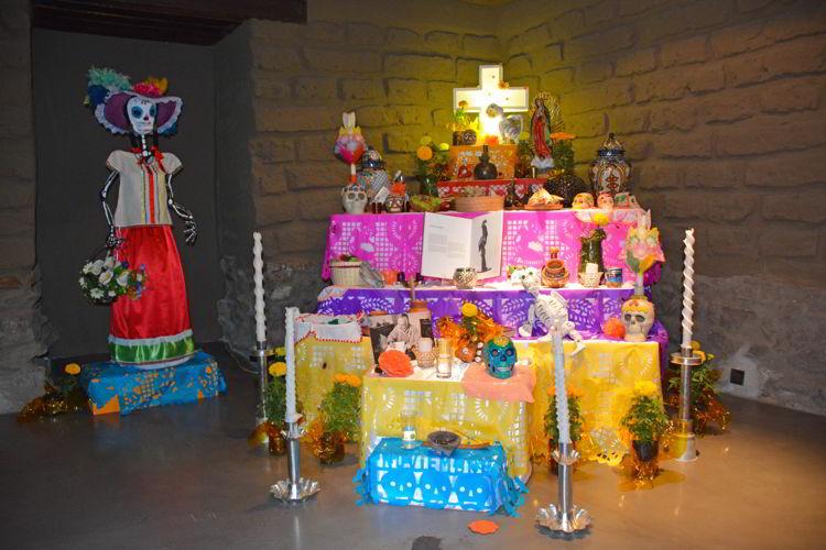 An image of an altar at the Day of the Dead Festival in Ecuador -Dia de los Muertos