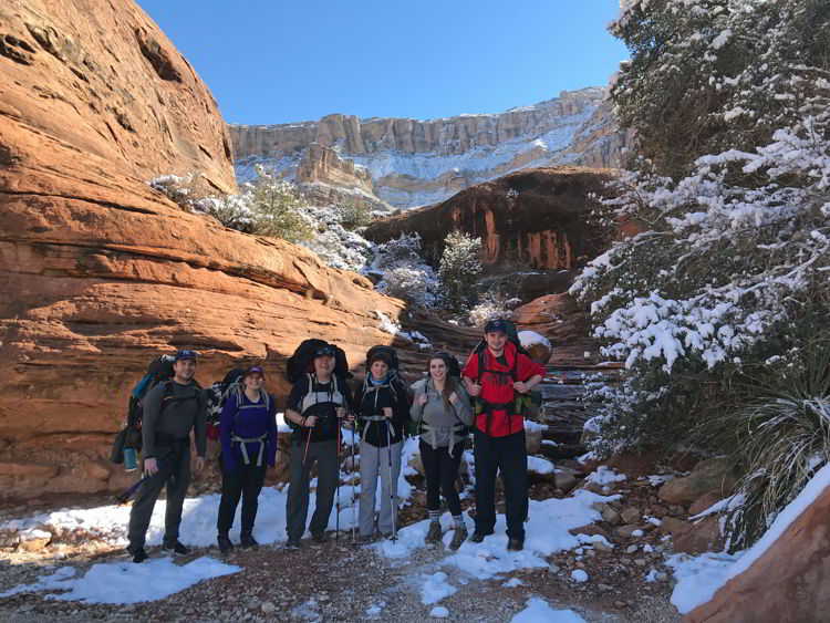 An image of a group of hikers on the Havasupai hike