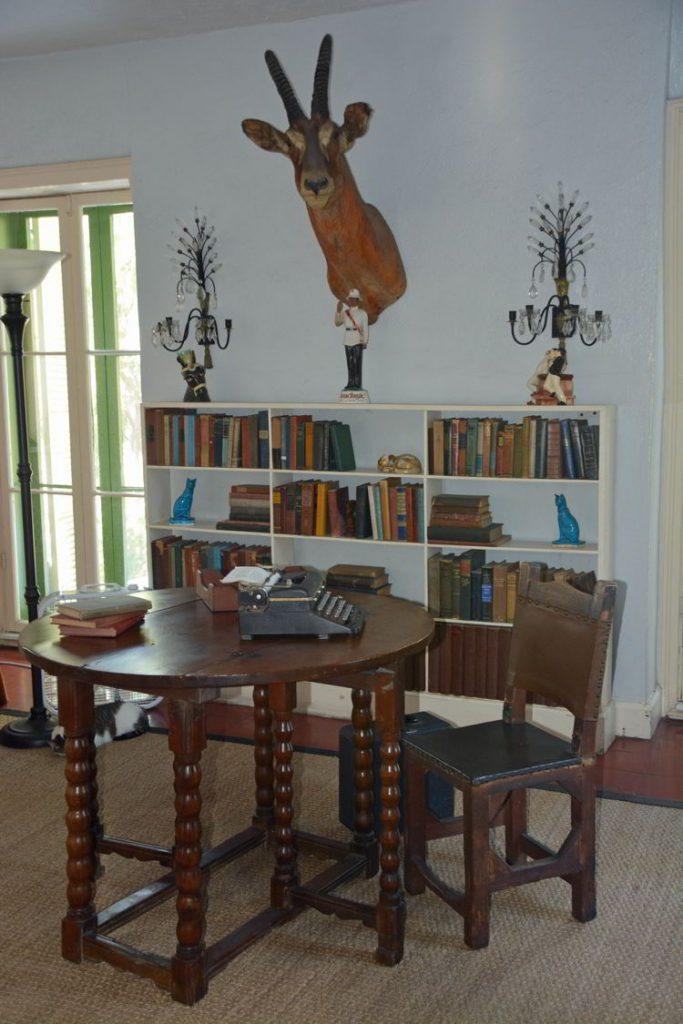 An image of Ernest Hemingway's desk and typewriter in Hemingway House in Key West, Florida.